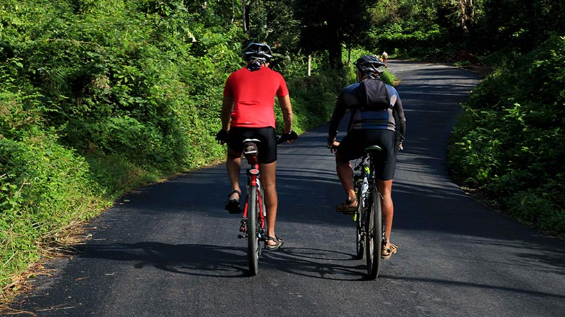 1-cycling-in-western-ghats-2-picture-suresh-upadya